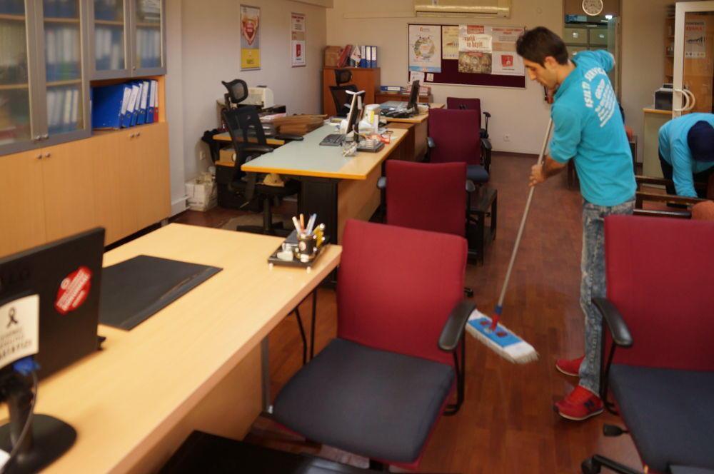 ofislerin zemin temizliği