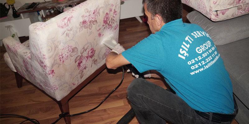 تنظيف المقاعد والكراسي